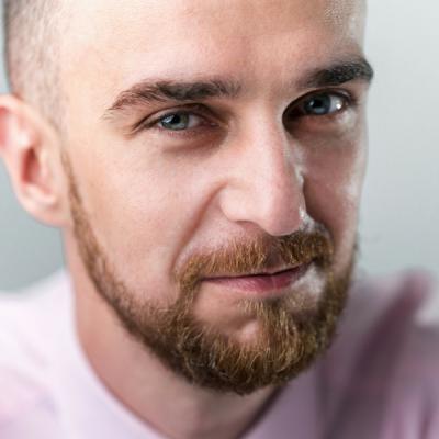 Artur Jablonski Akademia Marketingu Social Media to nowa telewizja