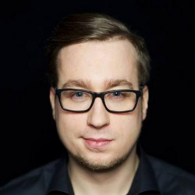 Hubert Tworkowski Akademia Marketingu Social media to nowa telewizja.png